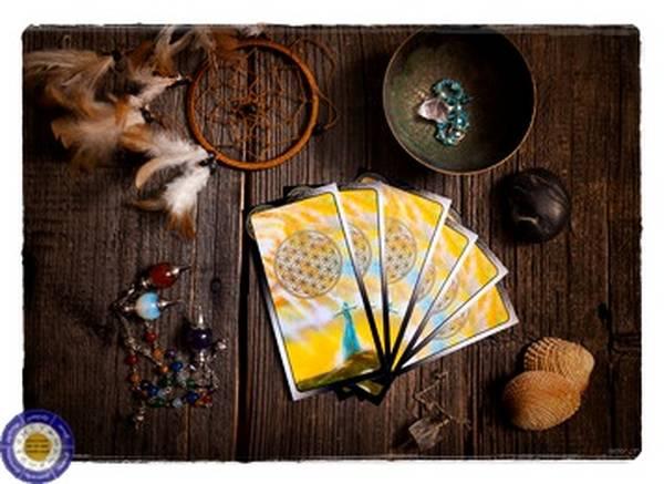 voyance gratuite en ligne tirage de cartes