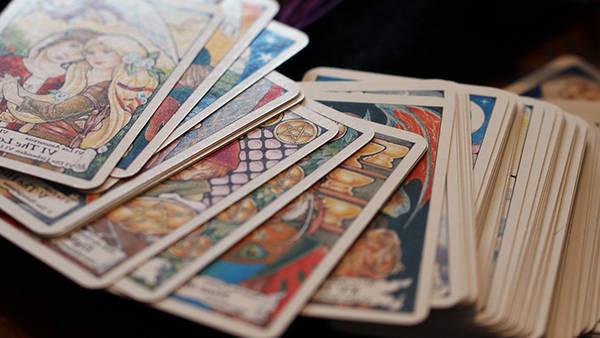 recherche voyance gratuite tarot